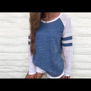 🆕!!! NWOT Women's Long Sleeved Shirt!